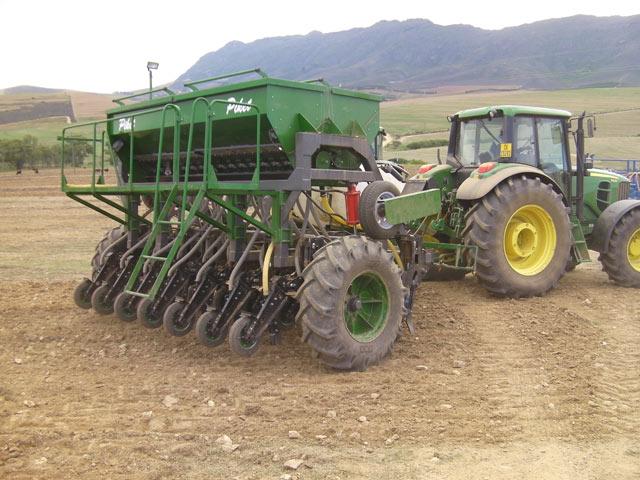 eden equip equipment piket planters tine planter