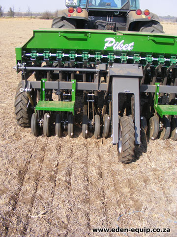 eden equip equipment piket planters no till fine seed planter 14 20 row planter